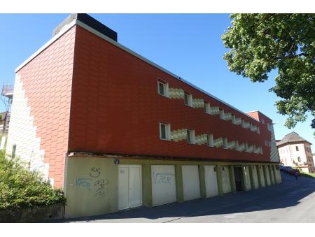 PONT 38| Locaux administratifs et industriels + garages | La Chaux-de-Fonds
