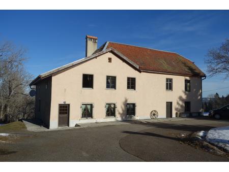 JOUX-DERRIERE 46| Ancienne buvette + habitation + annexes et garages | La Chaux-de-Fonds