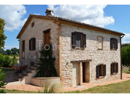 PALAZZO (commune d'Arcevia, Ancona)| Maison de campagne | Italie