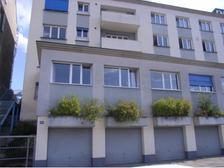 COMMERCE 83| Garage individuel No 6 | La Chaux-de-Fonds