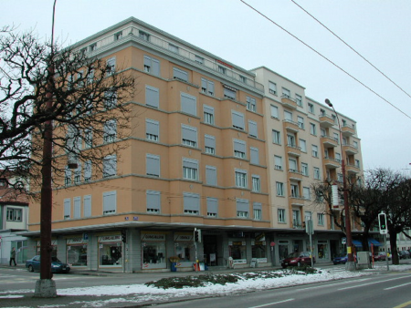LEOPOLD-ROBERT 102 | Local commercial | Rez Est | La Chaux-de-Fonds