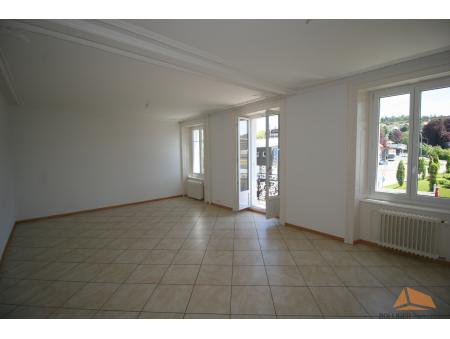 COMMERCE 79 | 2.5 pièces | 2ème étage | La Chaux-de-Fonds