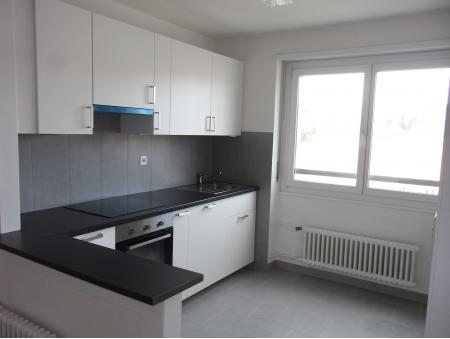 GRENIER 27 | 2.5 pièces | 8ème étage S-E | La Chaux-de-Fonds
