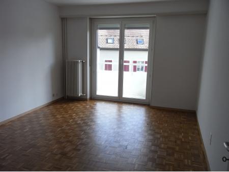 GRENIER 27 | 2.5 pièces | 5ème étage S-E | La Chaux-de-Fonds